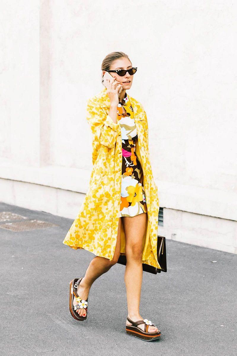 Tips Percaya Diri Memakai Busana Warna Kuning