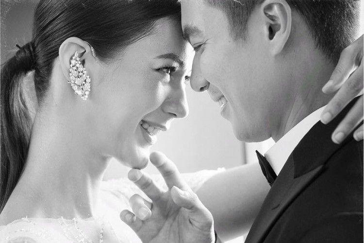 Bergaya Klasik, Ini 10 Foto Pre-Wedding Baim Wong dan Paula Verhoeven