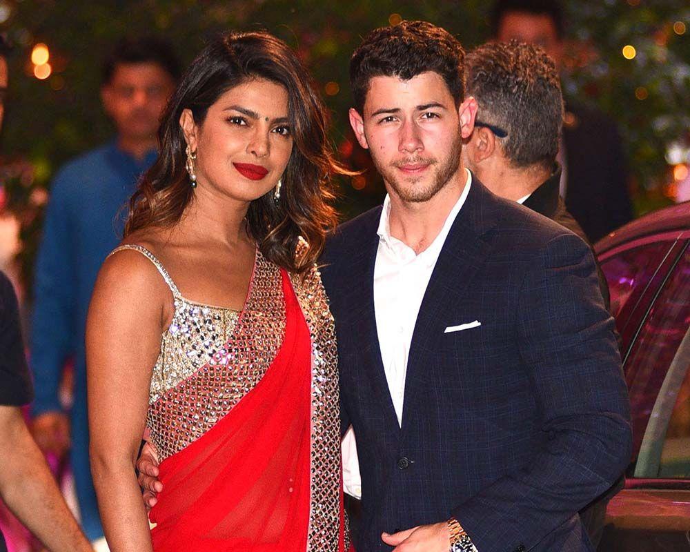 Perjalanan Cinta Nick Jonas dan Priyanka Chopra sampai Bertunangan