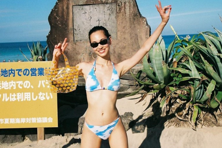Gemas Maksimal! Kiko Mizuhara Luncurkan Pakaian Renang yang Kawaii