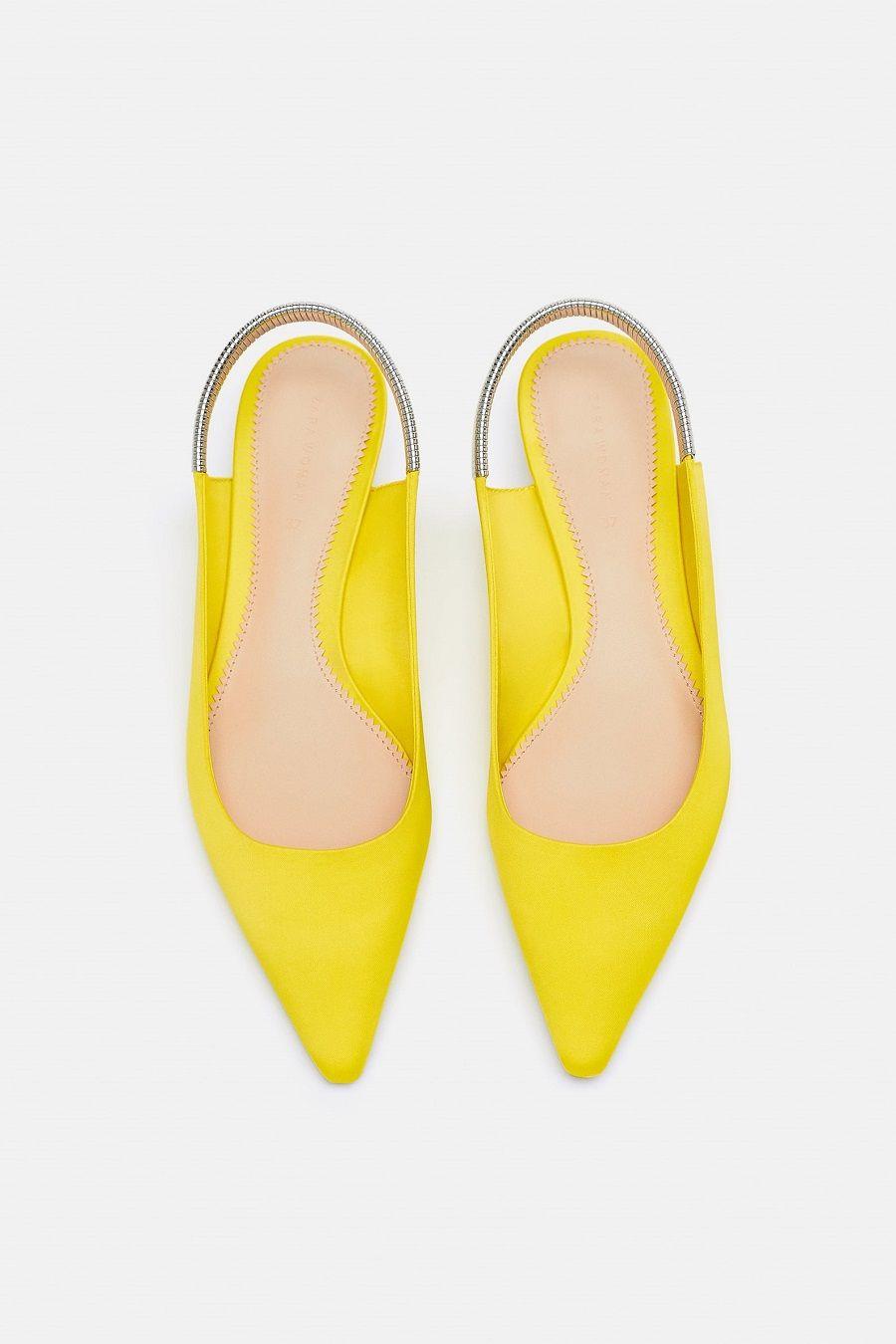 Deretan Sepatu yang Akan Membuat Penampilanmu Makin Chic