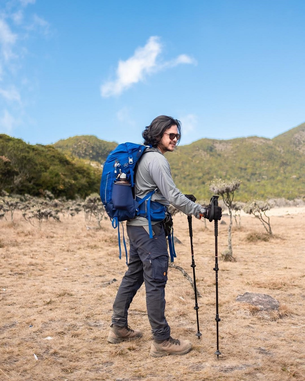 Ramon Y Tungka Berhasil Kibarkan Merah Putih di Puncak Uhuru Kilimanjaro