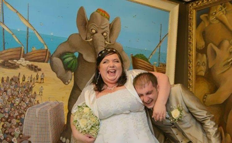 13 Foto Aneh Saat Pernikahan Ini Bikin Kamu Geleng-Geleng Kepala