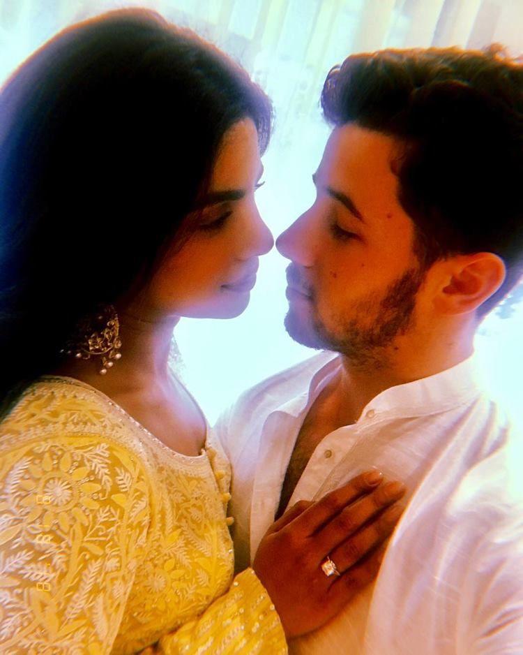 Mengenal Roka, Ritual Pertunangan Priyanka Chopra dan Nick Jonas