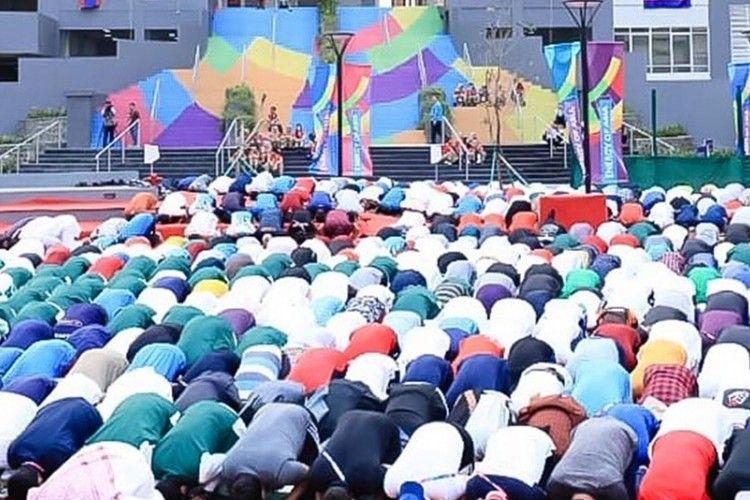 Penuh Khidmat, Begini Pelaksanaan Solat Idul Adha di Wisma Atlet Asian Games 2018