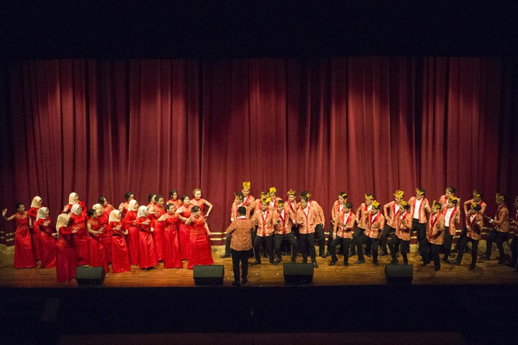 Festival Musik Orkestra IOEF Tunjukkan Akulturasi Budaya di Atas Panggung