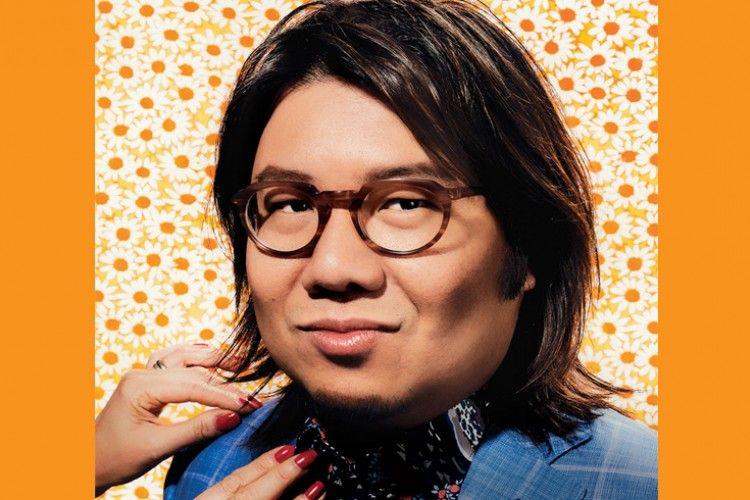 Penulis 'Crazy Rich Asians' Terancam Dipenjara Jika ke Singapura