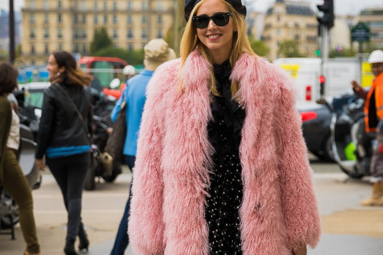 Fur Outfit: Formula Tampil Total Dalam Sekejap