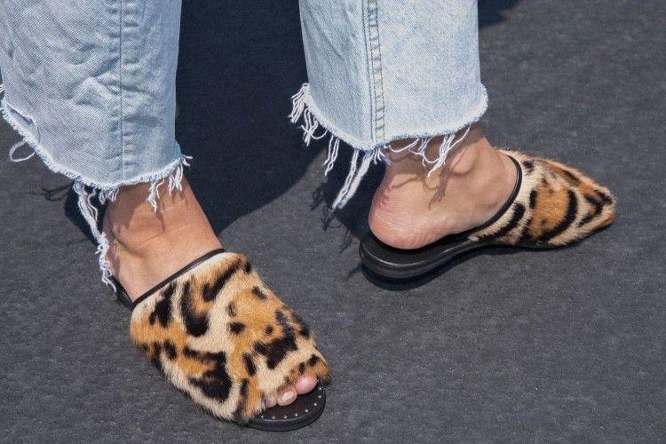 Ini Sandal yang Harus Kamu Punya Agar OOTD-Mu Makin Keren