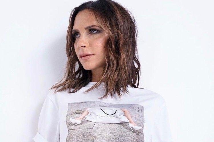 Rayakan 10 Tahun Lini Fashion-nya, Victoria Beckham Luncurkan Kampanye Terbaru