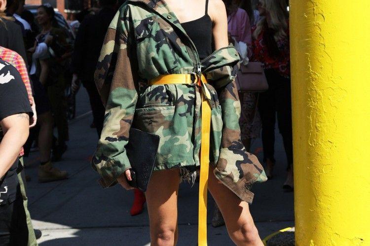 Sentuhan 'Army' Buat Penampilanmu Makin On Point