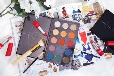 5 Hal yang Hanya Dirasakan Oleh Para Pecinta Makeup