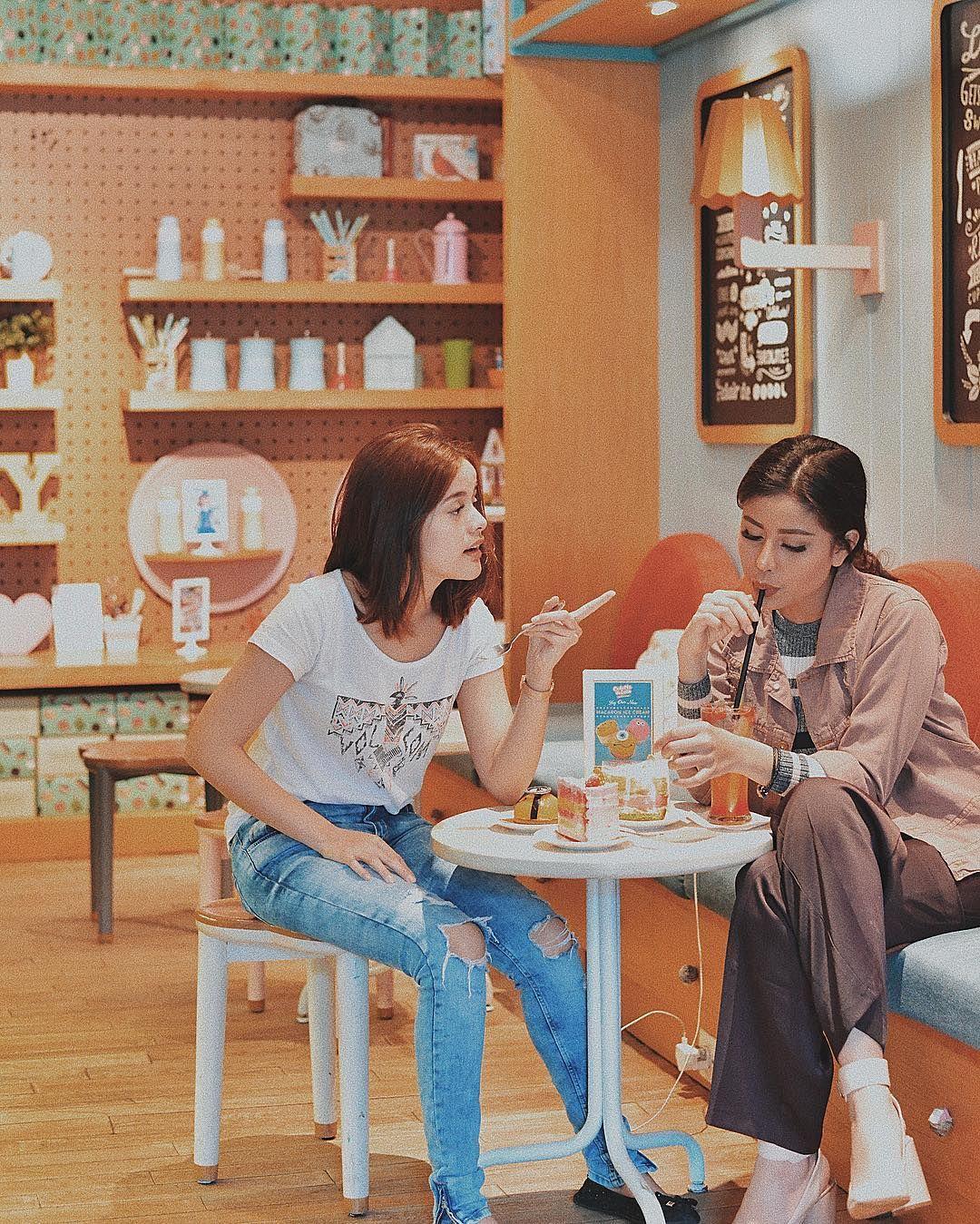 7 Restoran dan Cafe Instagrammable di Jakarta Rekomendasi Awkarin