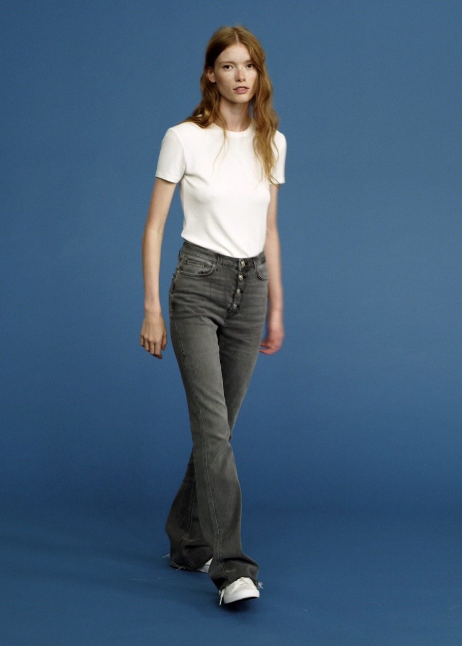 On Point! Kumpulan Celana Jeans untuk Dipakai Sehari-hari