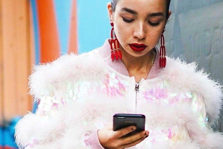 Ini, Lho, Arti Sebenarnya Laki-Laki Nggak Membalas Chat Kamu