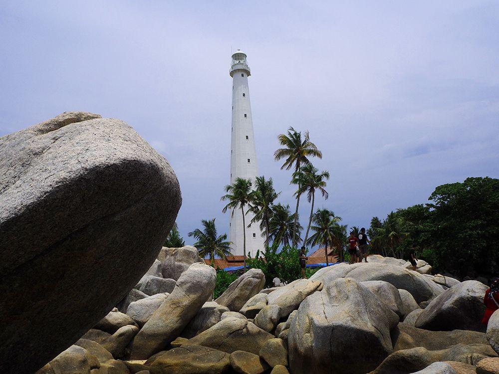 """Belitung """"Pecahan Pulau Bali"""" yang Kini Dikenal Sebagai Pulau Laskar Pelangi"""