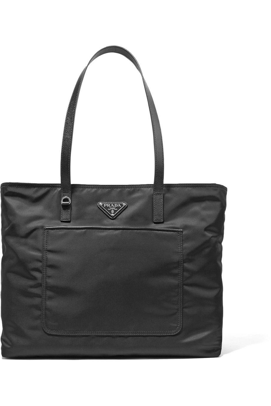 #PopbelaOOTD: Praktis dengan Tote Bag