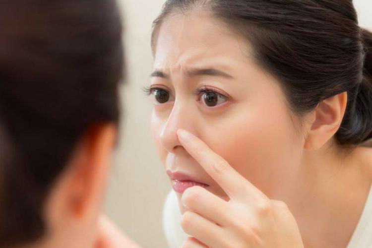 Tidak Hanya Dapat Digunakan pada Bibir, Ini 5 Kegunaan Lain Lip Balm