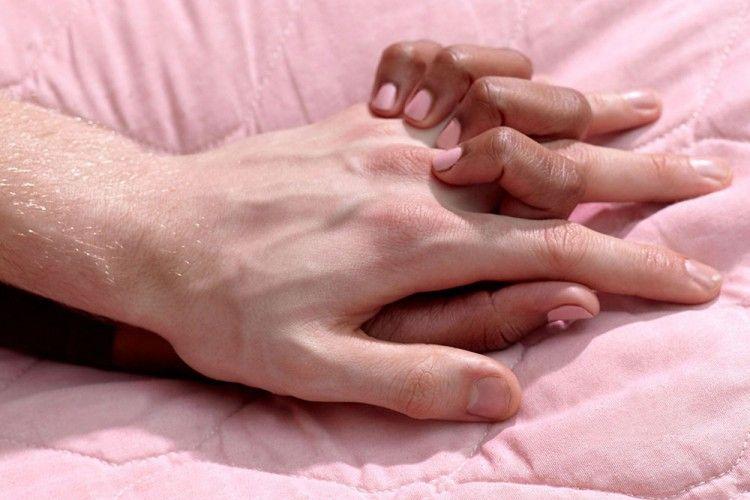 5 Hal Manis dan Romantis yang Nggak Boleh Dilupakan Setelah Bercinta