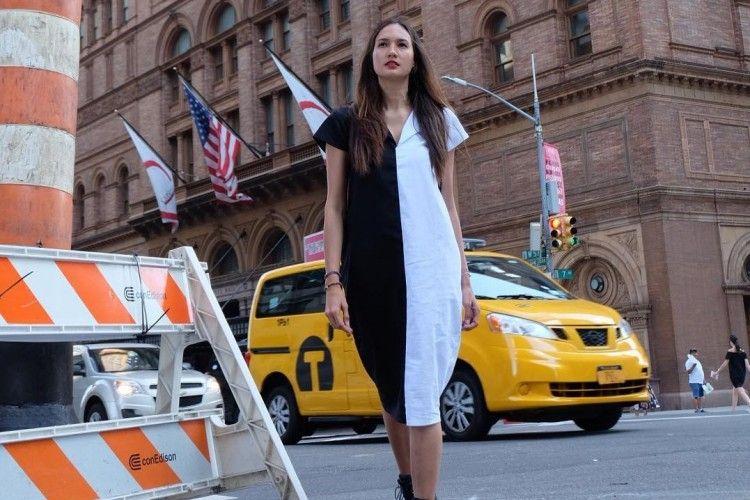 Gaya Effortless yang Keren a la Nadine Chandrawinata saat ke New York