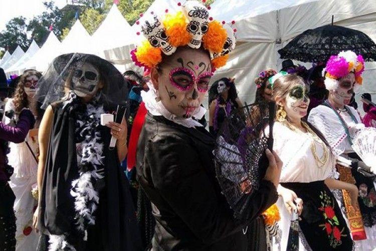 Keseruan 5 Negara dengan Tradisi Halloween yang Unik