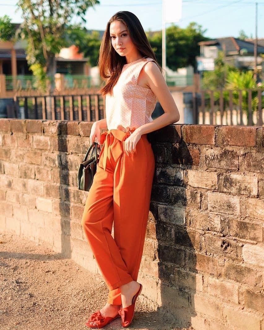 5 OOTD Karina Nadila yang Bisa Kamu Contek!