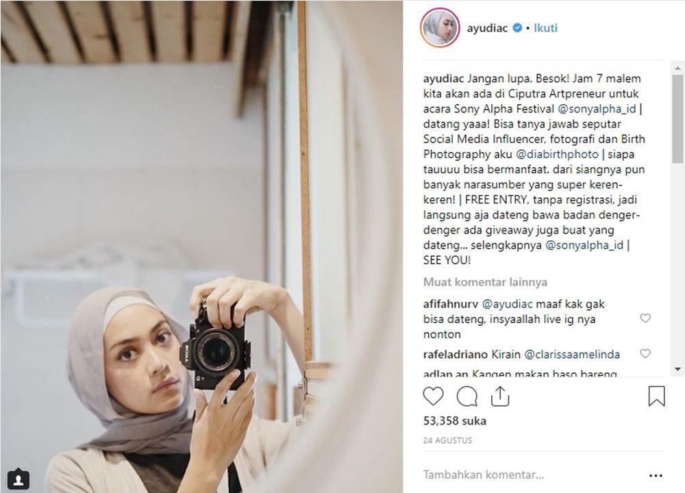 Romantis, 7 Artis Ini Saling Balas Komentar Mesra ke Pasangannya