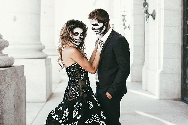 Pilihan Kostum Halloween Kamu dan Pasangan Bisa Ungkap Hubungan Kalian