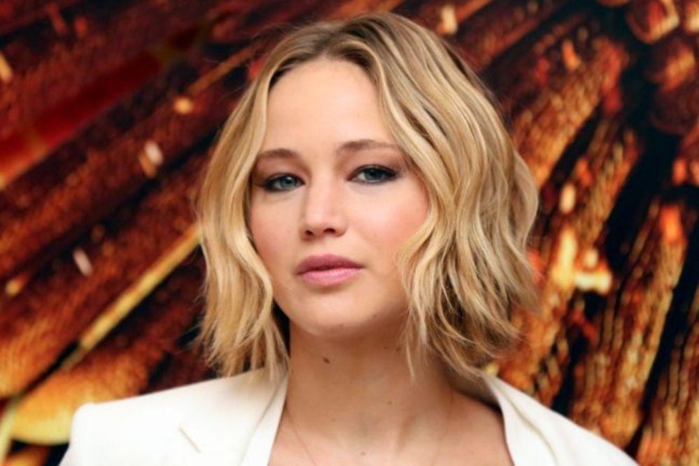 5 Gaya Rambut yang Cocok untukSi Wajah Bulat
