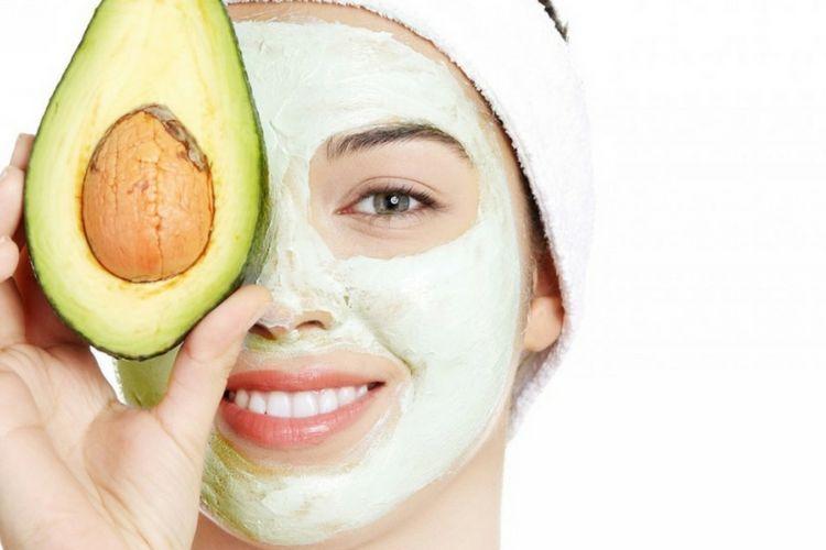 7 Masker Alami Untuk Memutihkan dan Mencerahkan Wajah