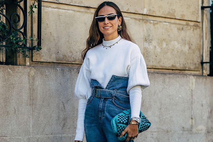 #PopbelaOOTD: Celana Jeans Unik untuk yang Mau Tampil Beda