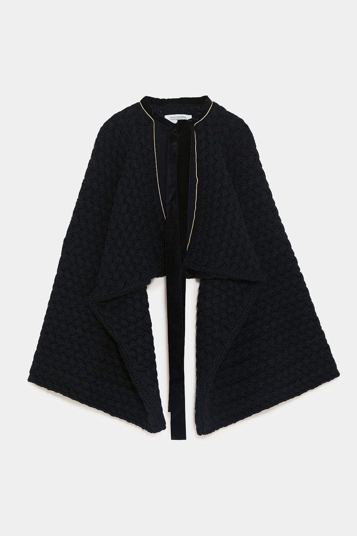 Lewat Pilihan Outerwear Ini, Gaya Edgy Kamu Tambah On Point