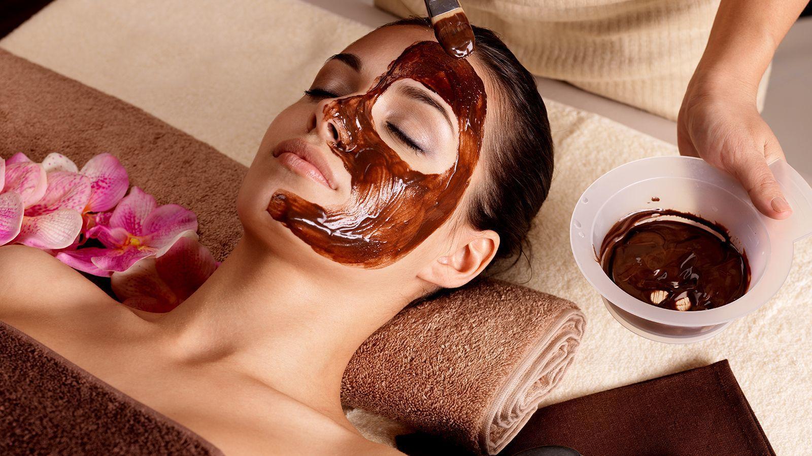 DIY: Cara Membuat Masker Coklat untuk Wajah Tampak Lebih Muda