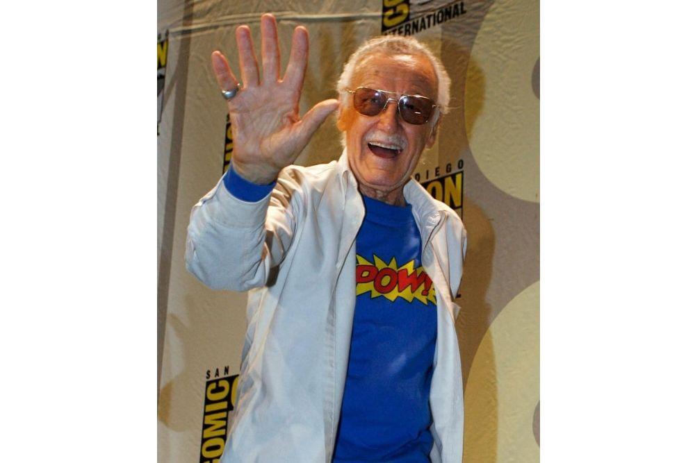 Mengenang Kembali Perjalanan Stan Lee Lewat 8 Foto Lawas Ini