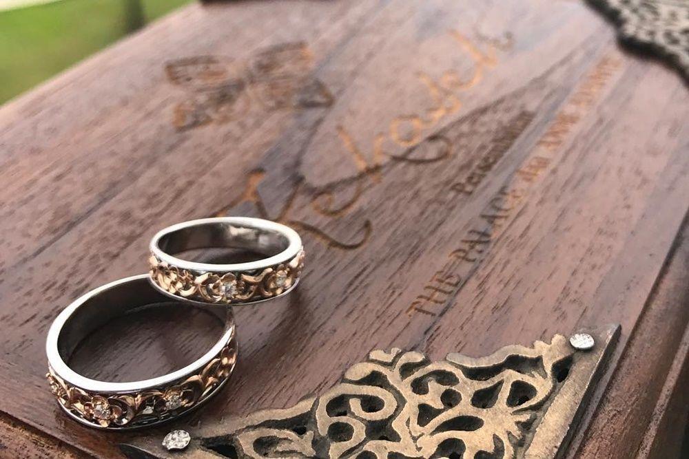 7 Cincin Kawin Unik yang Dipilih Artis untuk Hari Bahagianya