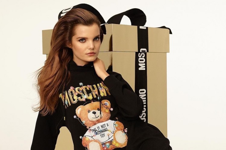 Koleksi 'Teddy Holiday' Moschino yang Super Gemas