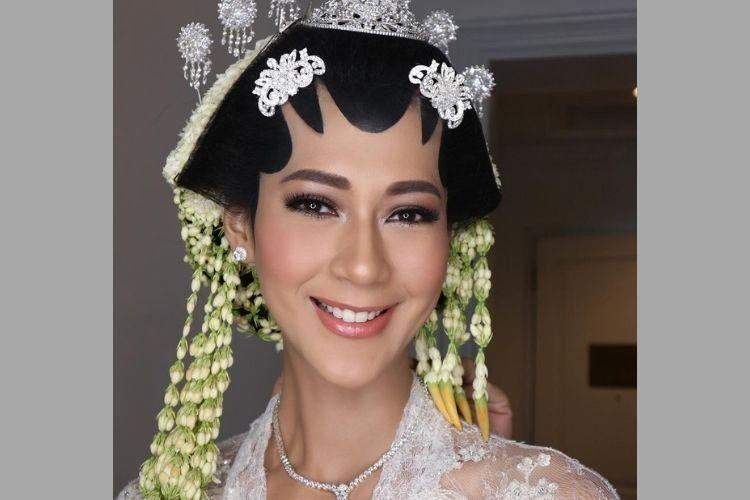 Resmi Menikah dengan Baim Wong, IniGaya Makeup Paula Verhoeven