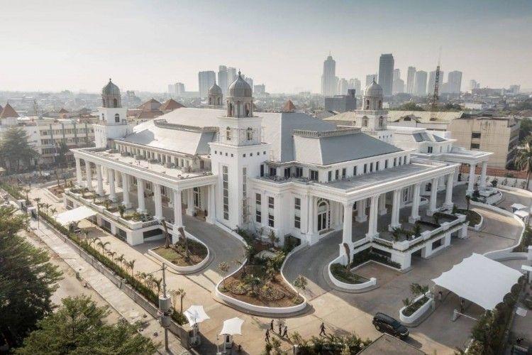 Bermakna Suci, Begini Mewahnya Gedung Resepsi Pernikahan Baim Wong