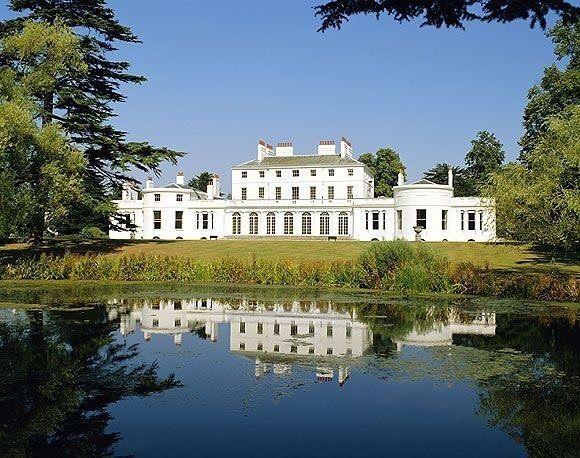 Wow, Pangeran Harry dan Meghan Markle Tinggalkan Istana Kensington!