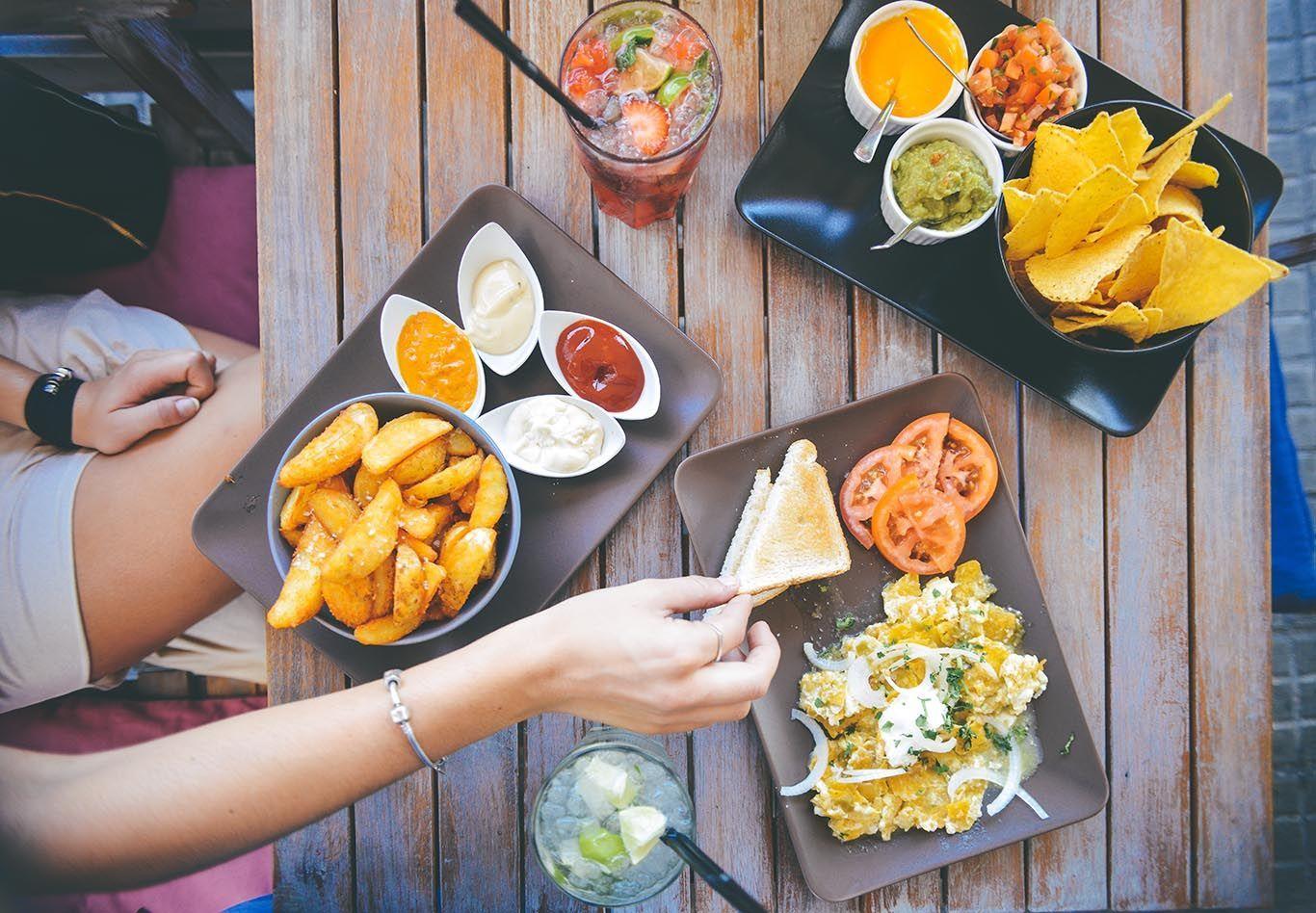Mau Jadi Food Vlogger? Intip 5 Langkah Berikut Ini