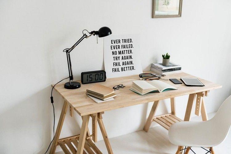 Bekerja dari Rumah? Miliki 10 Items yang Membuatmu Semakin Produktif