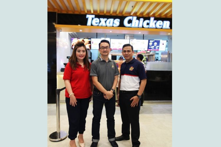 "Texas Chicken Perkenalkan Konsep Baru ""Say Hello to The New Crunch"""