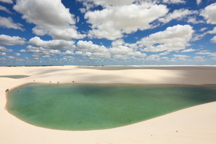 Laguna Rahasia yang Bisa Kamu Nikmati Cuma 3 Bulan Pertahunnya