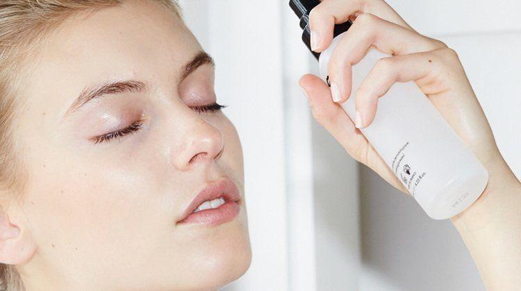 Ini Dia 5 Trik Makeup agar Bekas Jerawat Tertutup Sempurna
