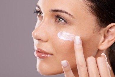 Ini 5 Alasan Kenapa Kamu Wajib Menggunakan Primer Sebelum Makeup