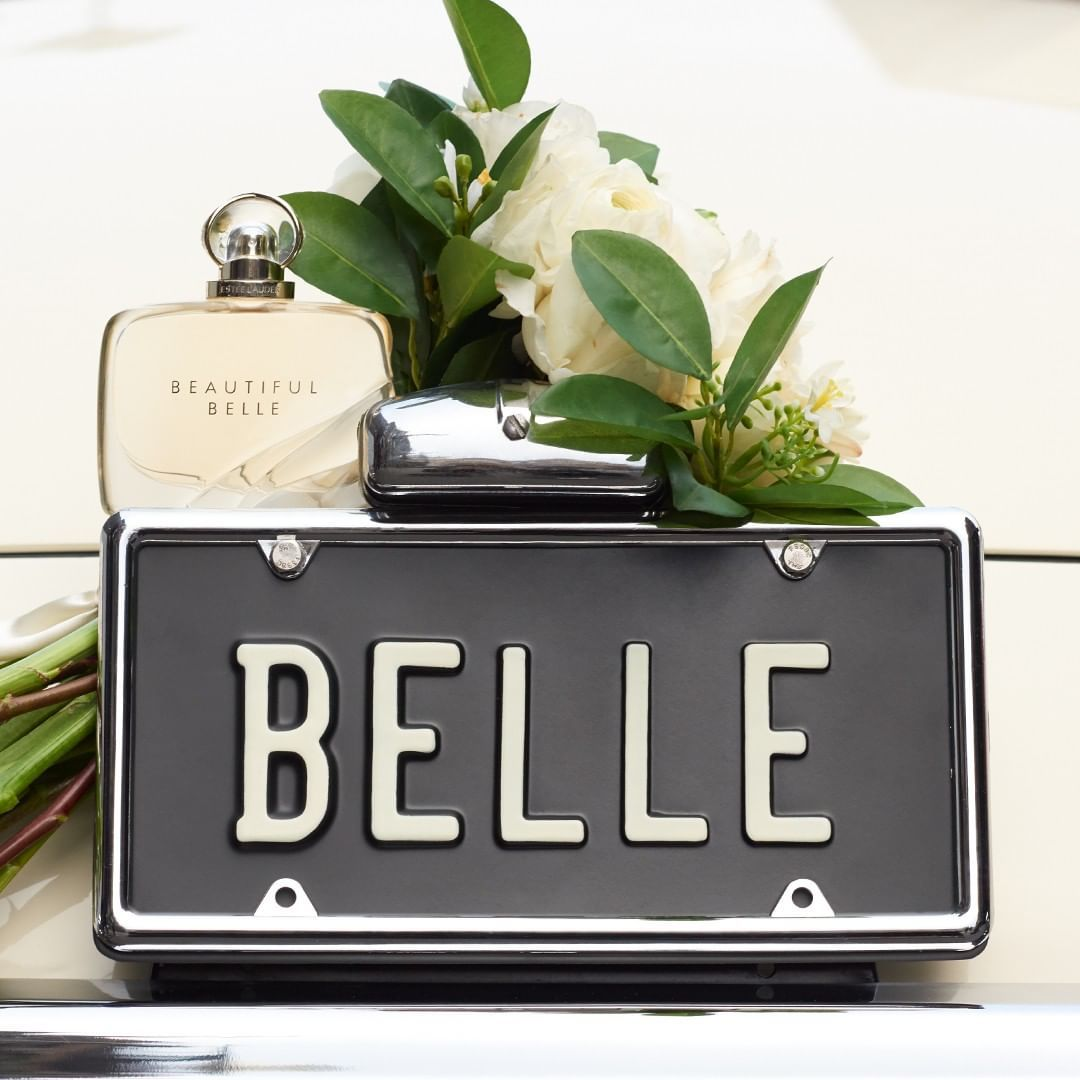 Estée Lauder Rilis Parfum Terbaru dengan Aroma Floral yang Romantis