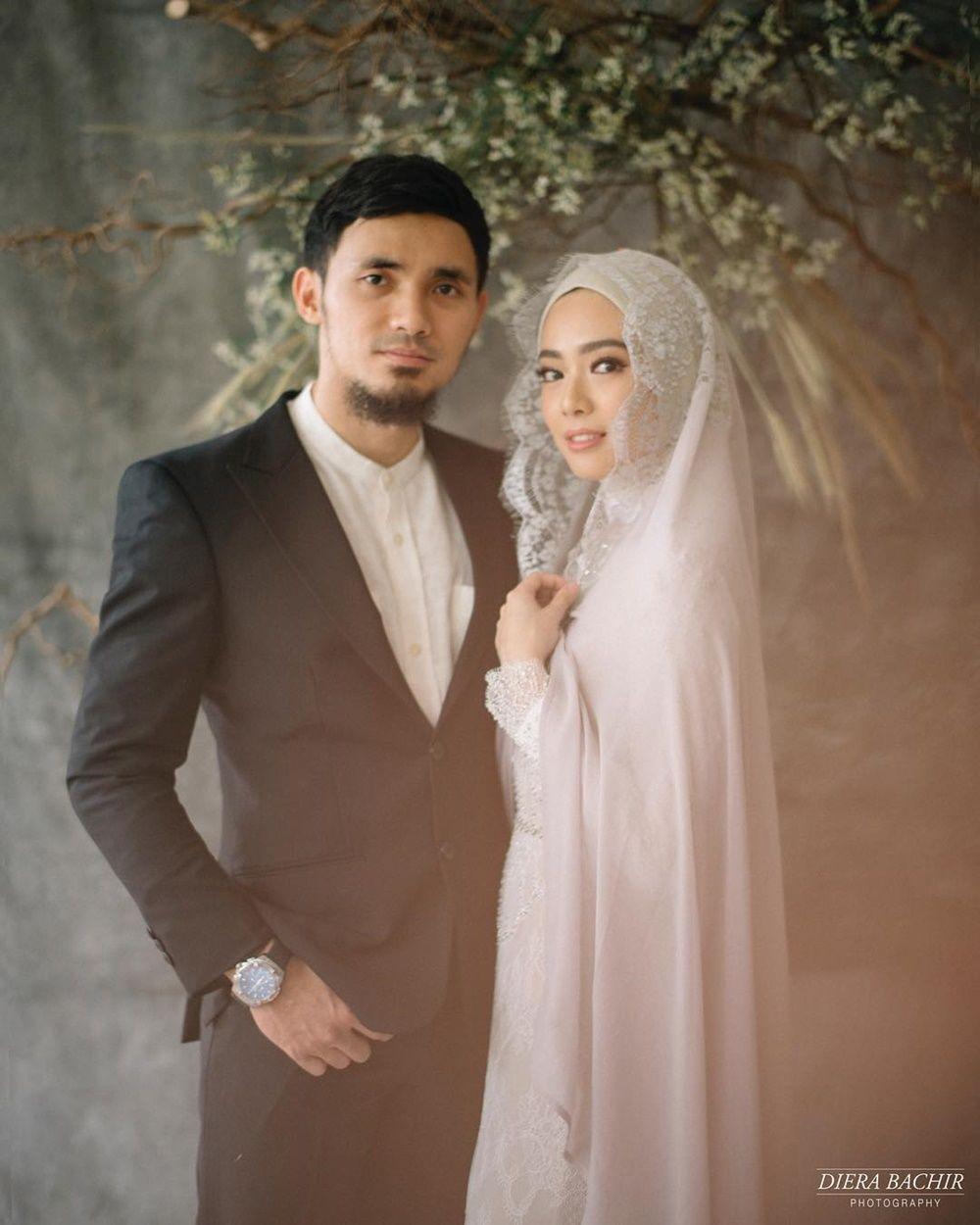 Lindswell Kwok Jadi Mualaf Dan Tantangan Belajar Islam: 6 Fakta Menarik Dari Pernikahan Lindswell Kwok Dan Achmad