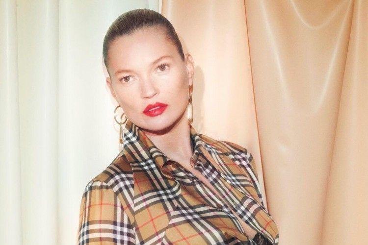 Mengintip Kolaborasi Burberry xVivienne Westwood yang Grunge