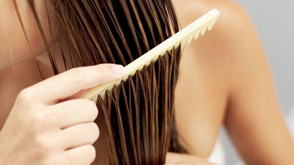 7 Cara Meluruskan Rambut Secara Alami Tanpa Catokan