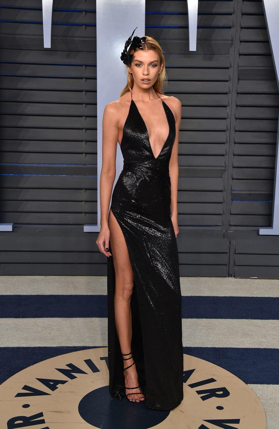 Deretan Seleb Hollywood Pilih Gaun Seksi di Momen Karpet Merah 2018